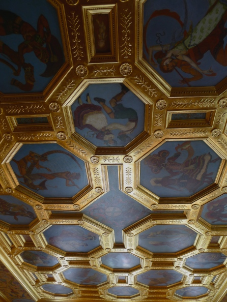 "The gilded ceiling features twenty-two depictions of dancing couples from various nations called, ""Dancers of Nations"". These octagonal canvases were painted by book illustrator Willy Pogany in his New York studio, and applied to the ballroom ceiling in 1926."